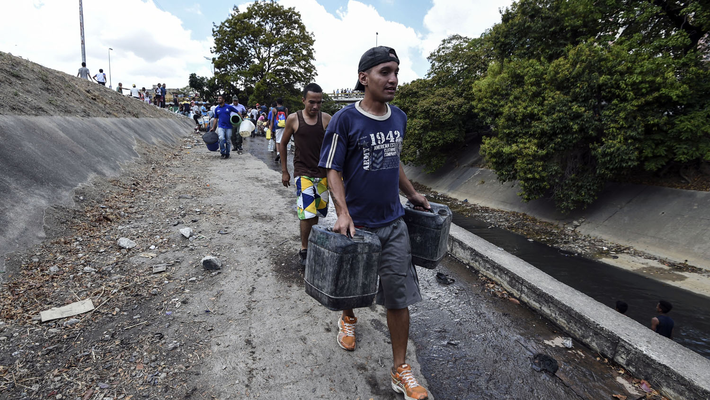 Nicolás Maduro atribuye el apagón a un