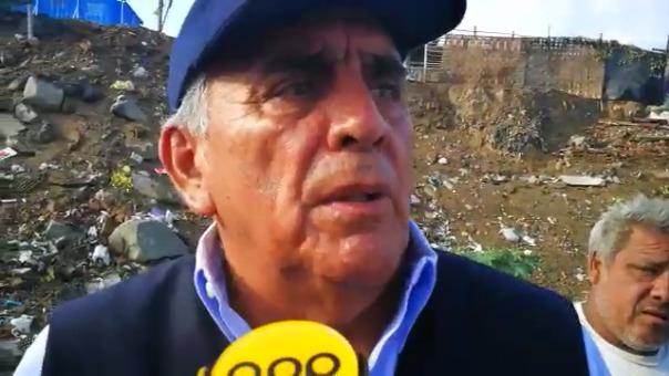 Jefe de Defensa Civil de Trujillo, César Flores, inspeccionó el cauce de la quebrada San Ildefonso en el distrito El Porvenir.