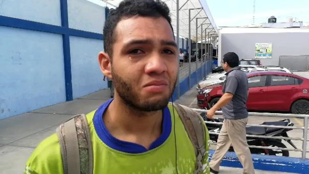 Luis Gómez señaló que el Hospital La Caleta le ha exigido comprar el insumo para que funcione la incubadora donde se encuentra su bebé.