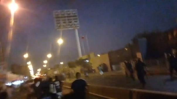 Peleas entre barristas empaña el Alianza Lima vs. Deportivo Municipal.