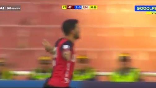 Bernardo Cuesta marcó dos goles en la victoria de Melgar sobre Universitario