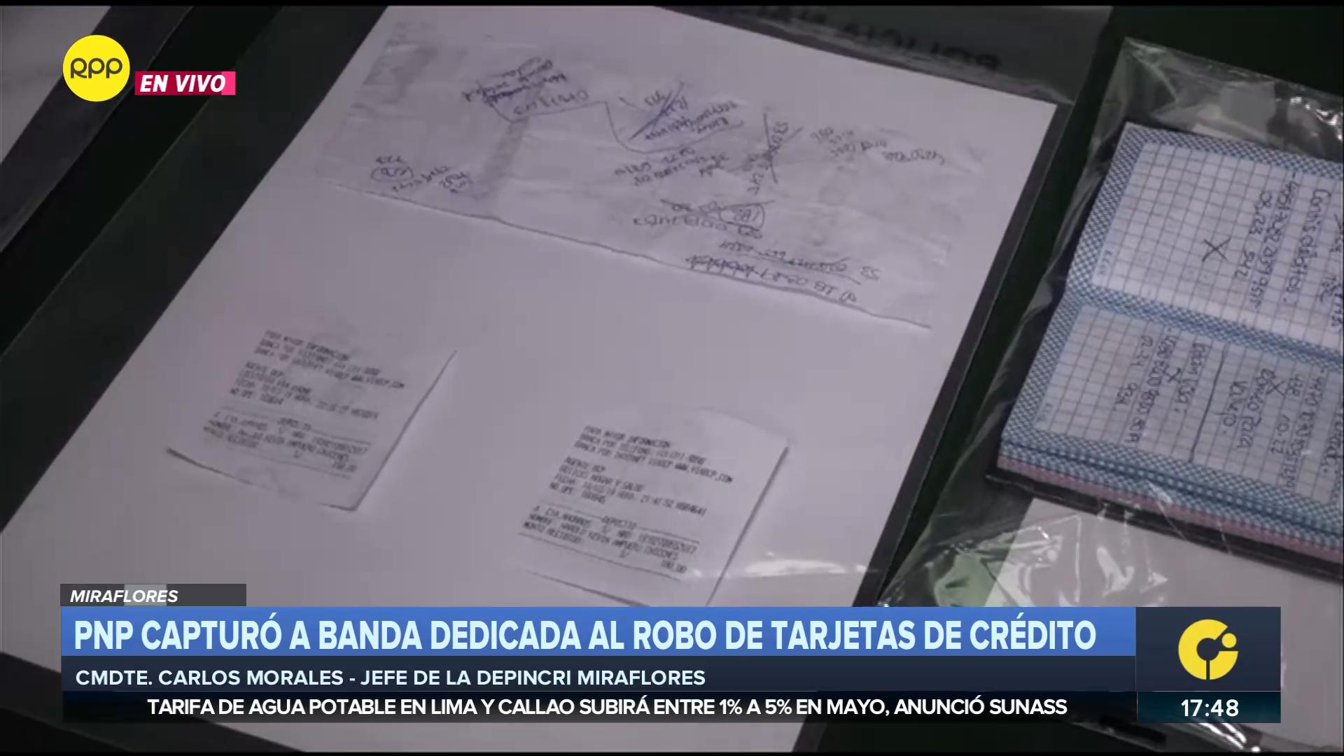 Los delincuentes tenían consigo vouchers de transacciones recientes así como una libreta donde habían apuntado los códigos robados.