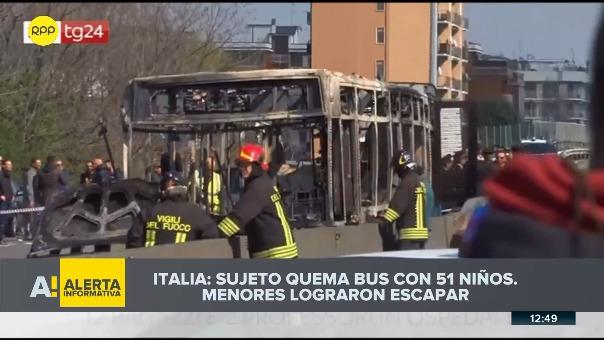 Sujeto quemó bus en Italia.