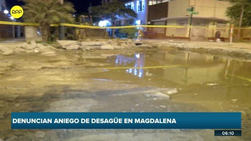 El aniego afectó a los vecinos de la avenida Comandante Jiménez.