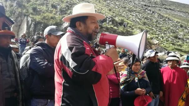 Reunión entre los habitantes de Fuerabamba con el gobernador regional se vio interrumpido luego que no pidiera la liberación de los hermanos Chávez Sotelo.