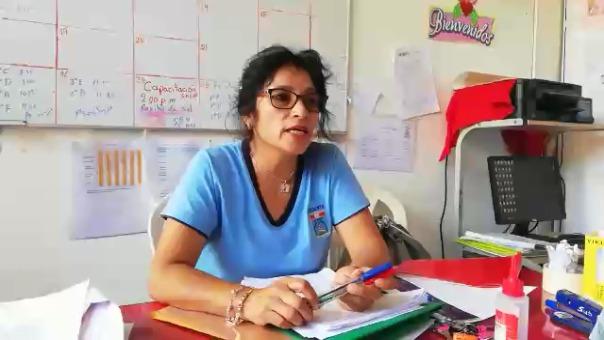 La profesora de Martín reconoce el esfuerzo del niño, a pesar que había reprobado un curso y tuvo que repetir el año.