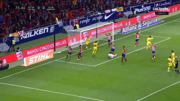 Este fue el gol de Diego Godín que inicialmente fue anulado.
