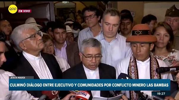 Tras más de 10 horas de reunión el Ejecutivo, representantes de la minera y la comunidad de Fuerabamba llegaron a  aun acuerdo.