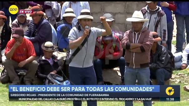 Gregorio Rojas se reúne con las comunidades de Challhuahuacho.