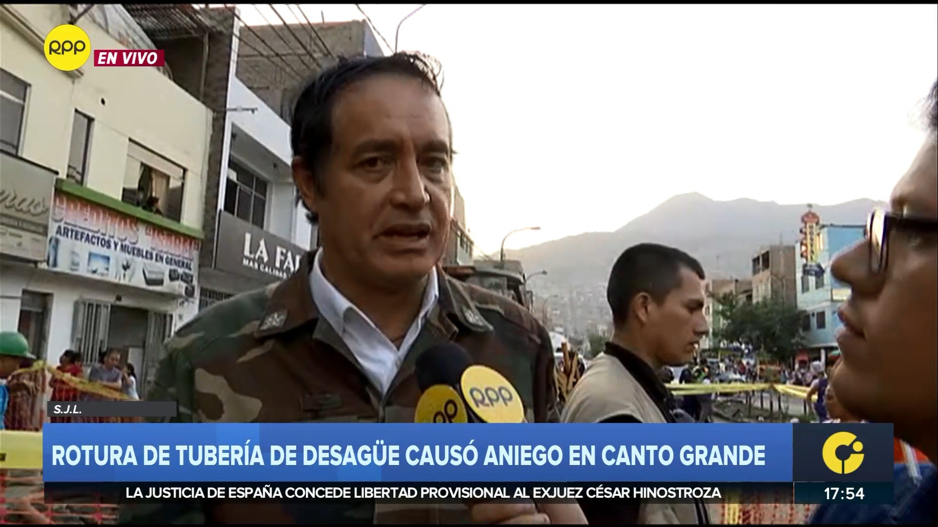 El alcalde Gonzáles criticó a Sedapal por el nuevo aniego.
