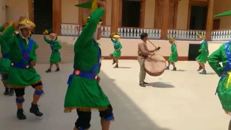 Los Pallos es la danza tradicional de Santiago de Chuco, reconocida por el Estado como patrimonio cultural.