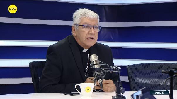 Carlos Castillo Mattasoglio, arzobispo de Lima.