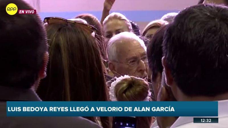 Luis Bedoya Reyes hizo un pequeño discurso en la 'Casa del Pueblo'.