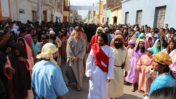La escenificación de la crusificción de Jesucristo en la ciudad de Lambayeque