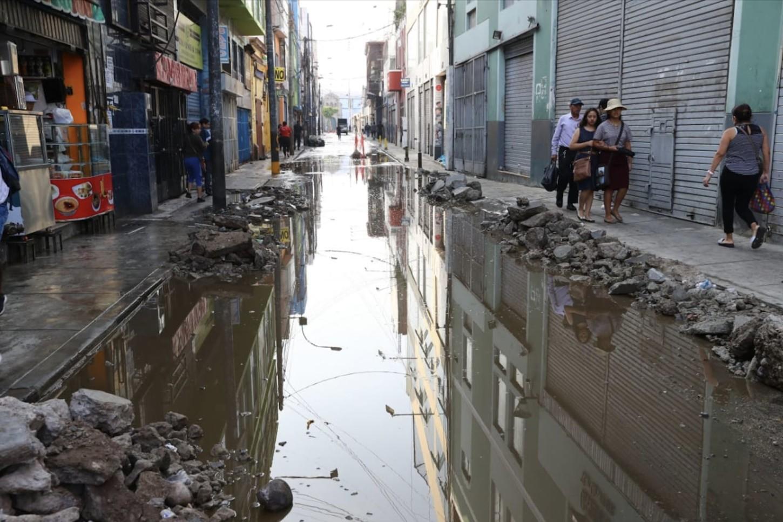 Toda la zona de Mesa Redonda, en el centro de la capital, será cerrada durante tres semanas a fin de realizar una minuciosa fiscalización de los comercios y determinar si se encuentran en condiciones para operar sin ningún riesgo para la ciudadanía, informó el alcalde de Lima, Jorge Muñoz.