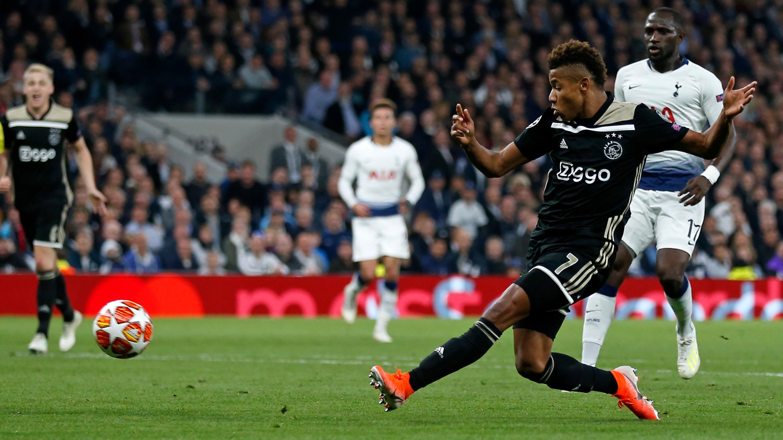 Ajax venció 1-0 a Tottenham por la Champions League