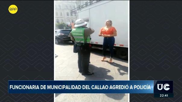 Trabajadora de la Municipalidad del Callao agredió verbalmente a un policía.