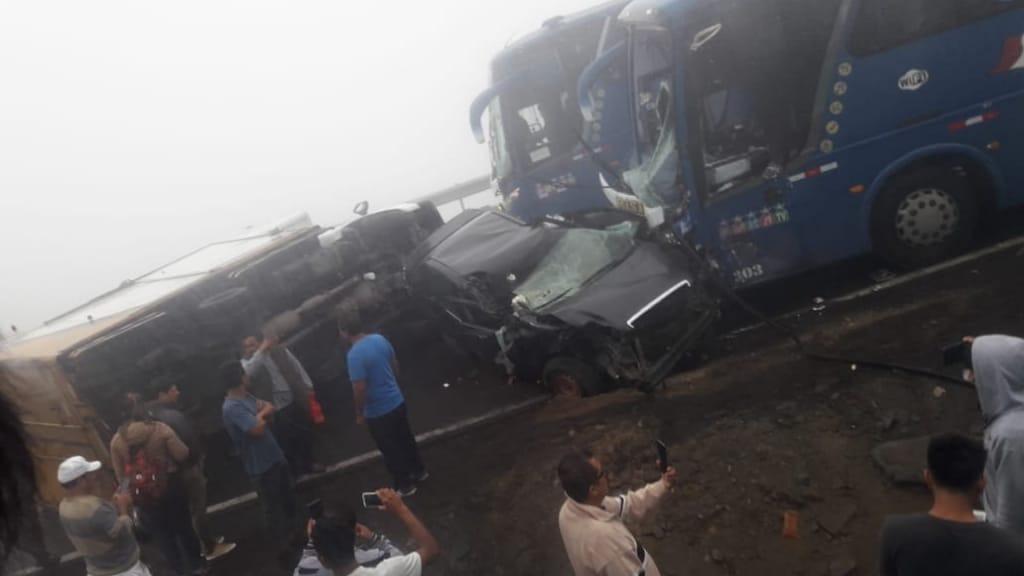 Oyentes de RPP Noticias compartieron imágenes del violento accidente.