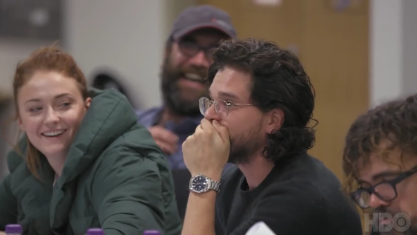 Kit Harington se emocionó hasta las lágrimas al ver el documental de la serie.