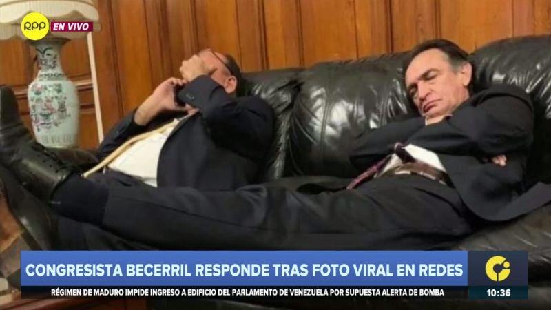 Héctor Becerril se pronunció sobre la fotografía filtrada en las redes en las que se le ve durmiendo.