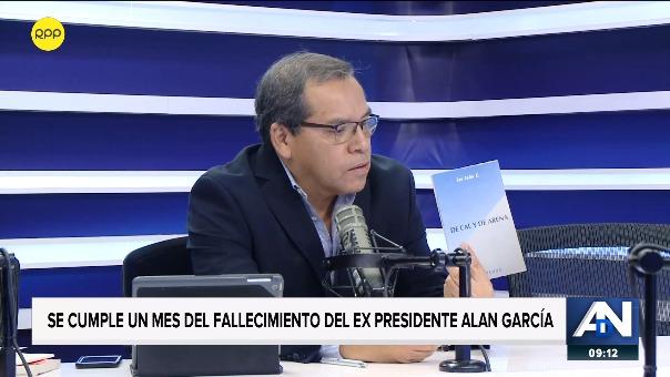 El exsecretario de Alan García leyó el poema en Ampliación de Noticias.