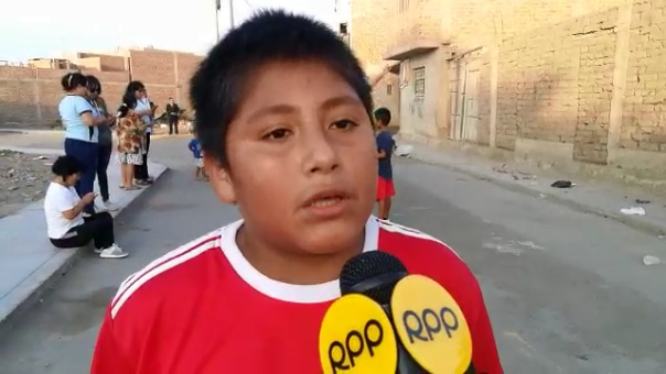 Víctor agradeció el apoyo del filántropo extranjero y lamentó la desidia de las autoridades peruanas para construir su colegio.
