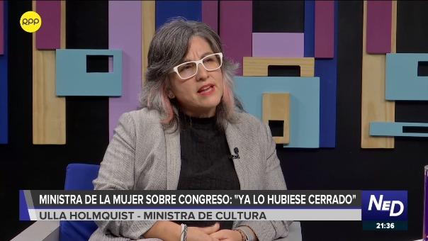 La ministra de Cultura, Ulla Holmquist reconoció el ímpetu y la energía de la ministra de la Mujer, Gloria Montenegro.