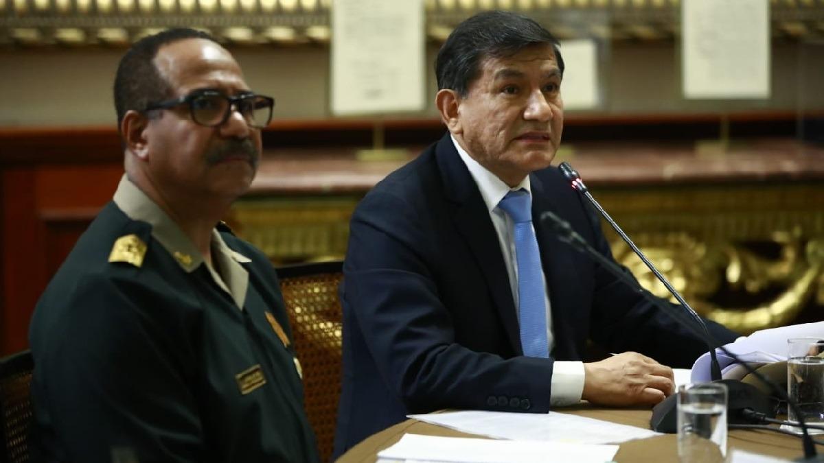 El ministro Carlos Morán se presentó ante la Comisión de Defensa.
