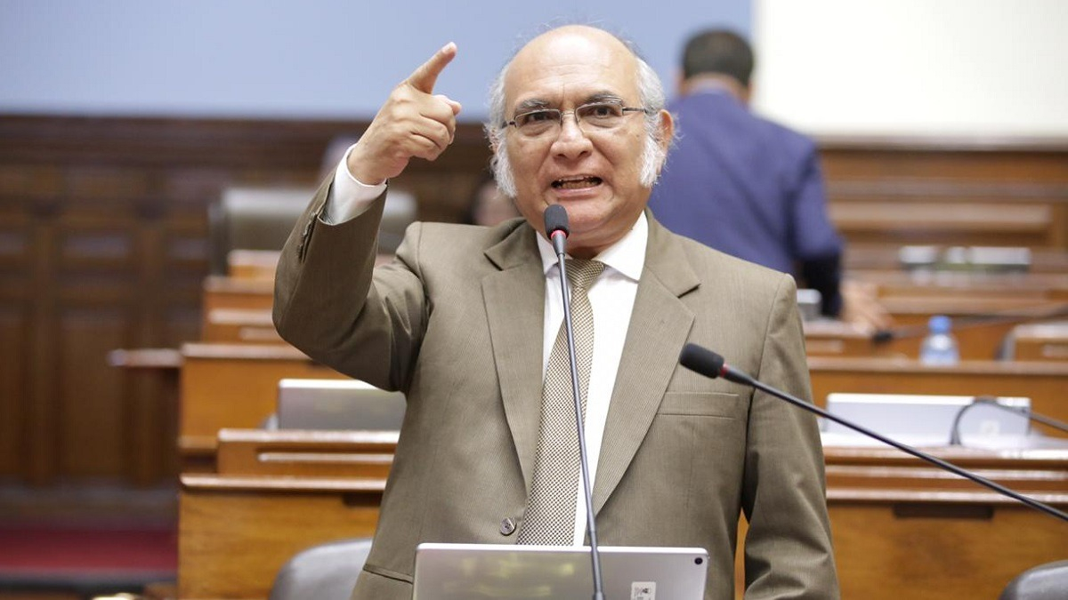Julio Rosas gestionó el ingreso de manifestantes al Congreso.
