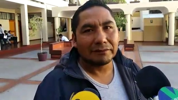Víctor Maldonado tuvo que pagar pensión alimentaria a menor que no era su hijo por más de 18 años.