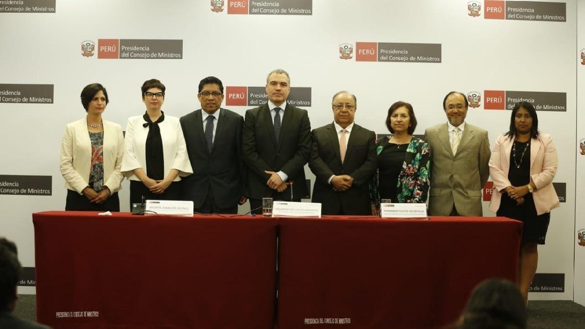 La comisión de reforma política presentó iniciativas al Ejecutivo.