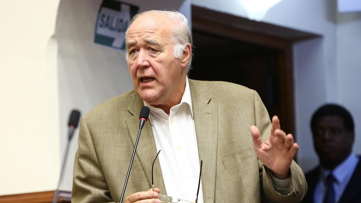 Víctor Andrés García Belaúnde, congresista de Acción Popular.