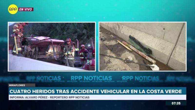 Los heridos fueron rescatados por los bomberos.