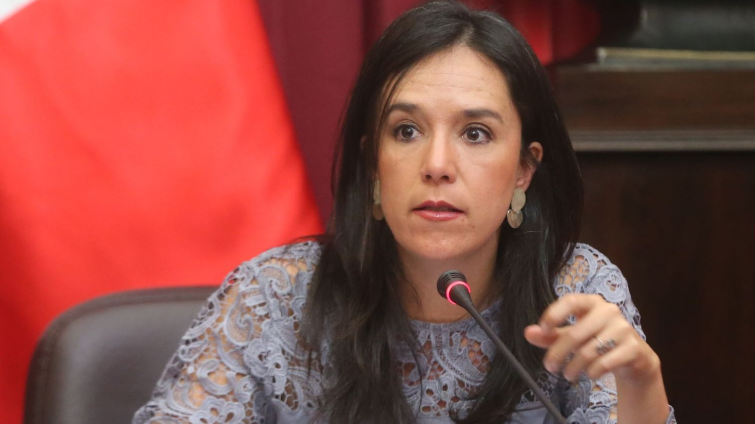 Glave dijo que no se dan las condiciones para cambiar la situación política del país.
