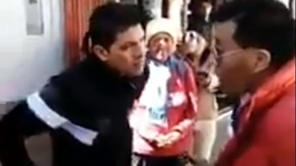 El congresista fue encarado en las calles de Puno.