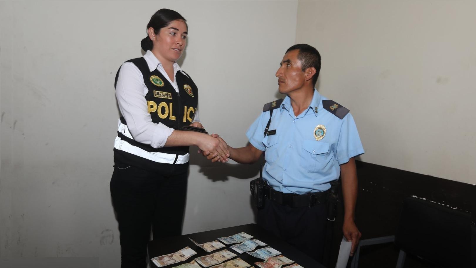 El agente pidió a la ciudadanía confiar en los efectivos municipales y los policías.