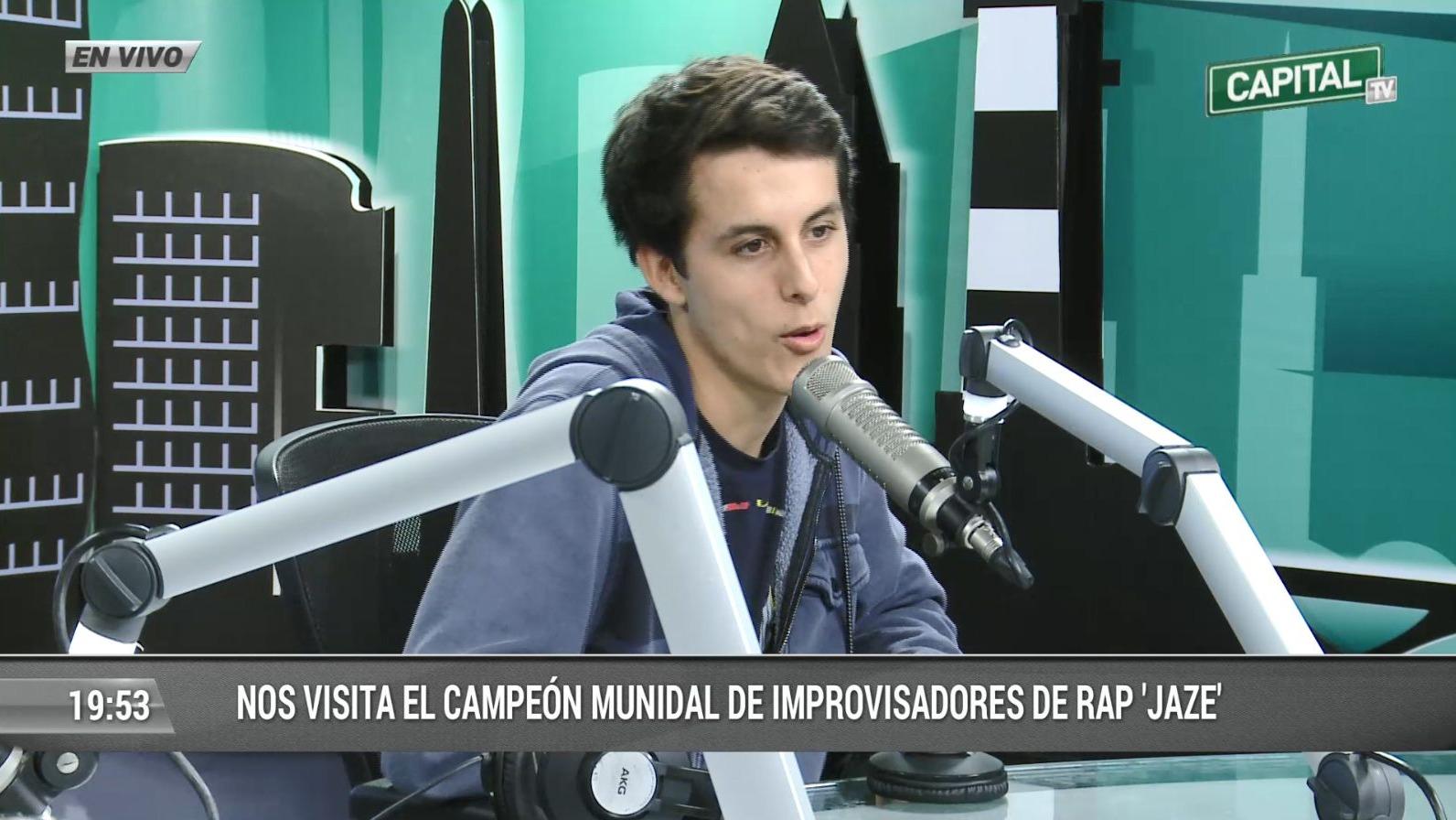 El campeón mundial de freestyle rap 'Jaze' le dedicó una improvisación a la Selección Peruana.