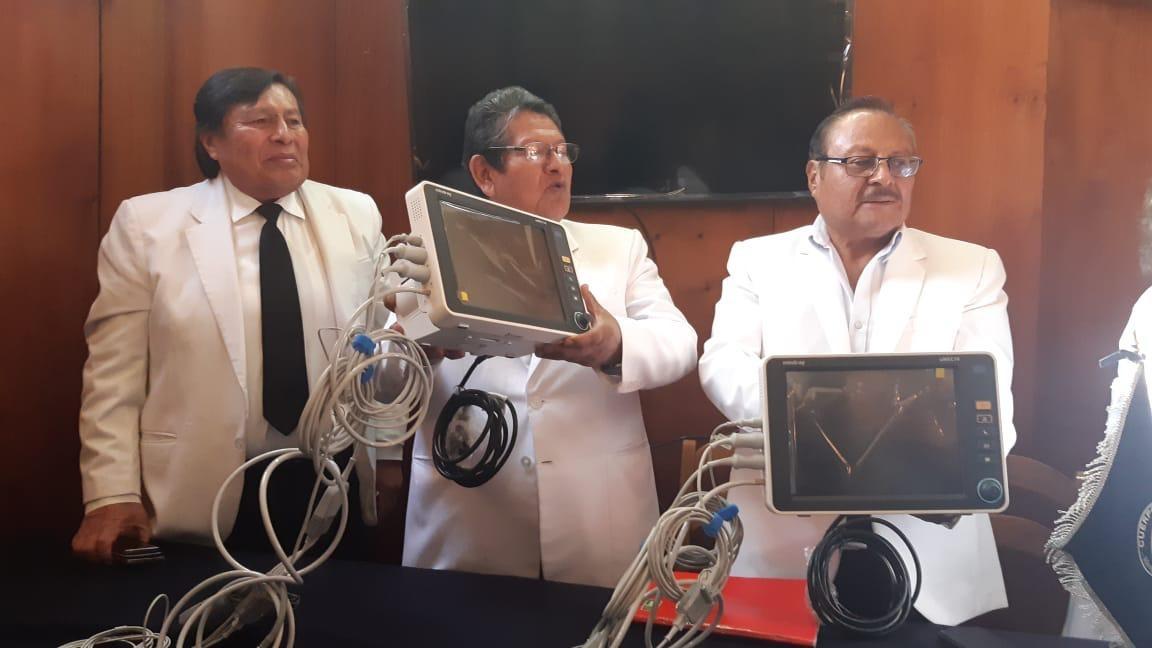 Con la venta de 3 mil polladas, los médicos del hospital Goyeneche compraron equipos.