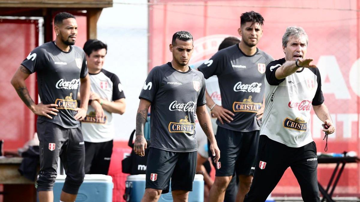 Los dirigidos por Ricardo Gareca se alistan para su duelo ante Venezuela.