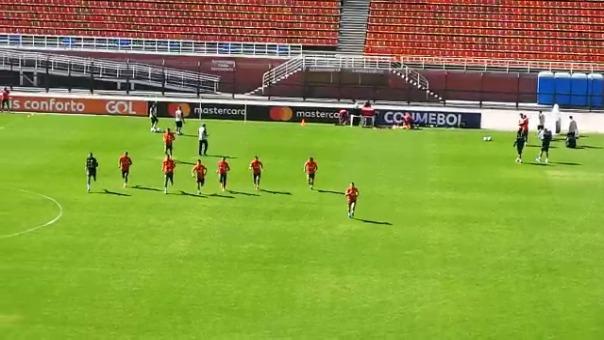 La Selección Peruana entrenó en el Estadio Pacaembú.