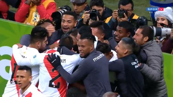 Perú goleó 3-0 a Chile y está en la final de la Copa América