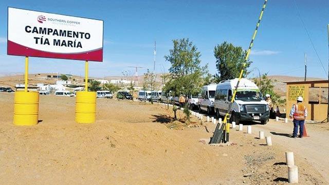 El BCR coincidió con el Ministerio de Economía en otorgar la licencia de construcción al proyecto minero Tía María de Southern.