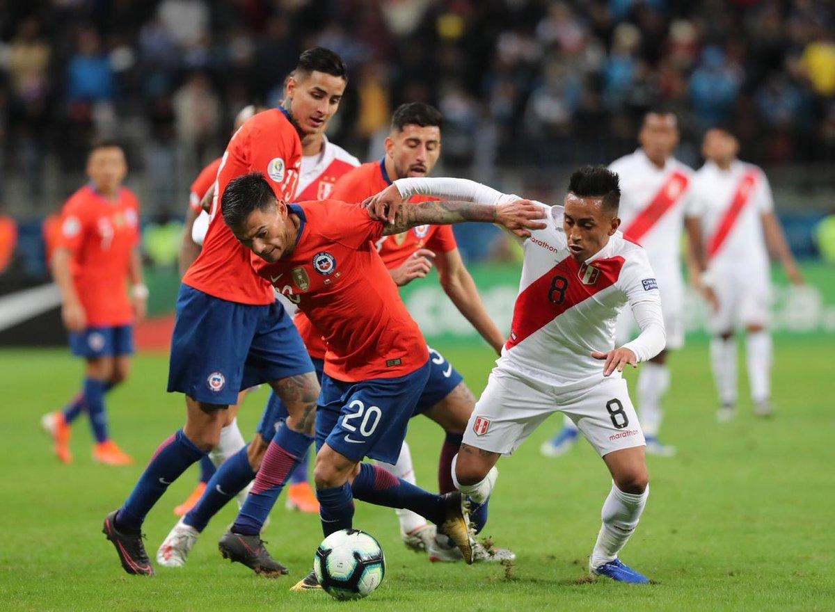 1)Perú igualó su mayor victoria histórica ante Chile en un partido no amistoso: 3-0 en la Copa América 1949, también en Brasil.