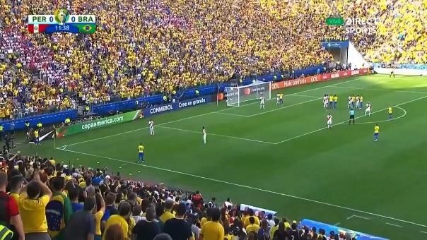 Perú cayó goleado 0-5 ante Brasil