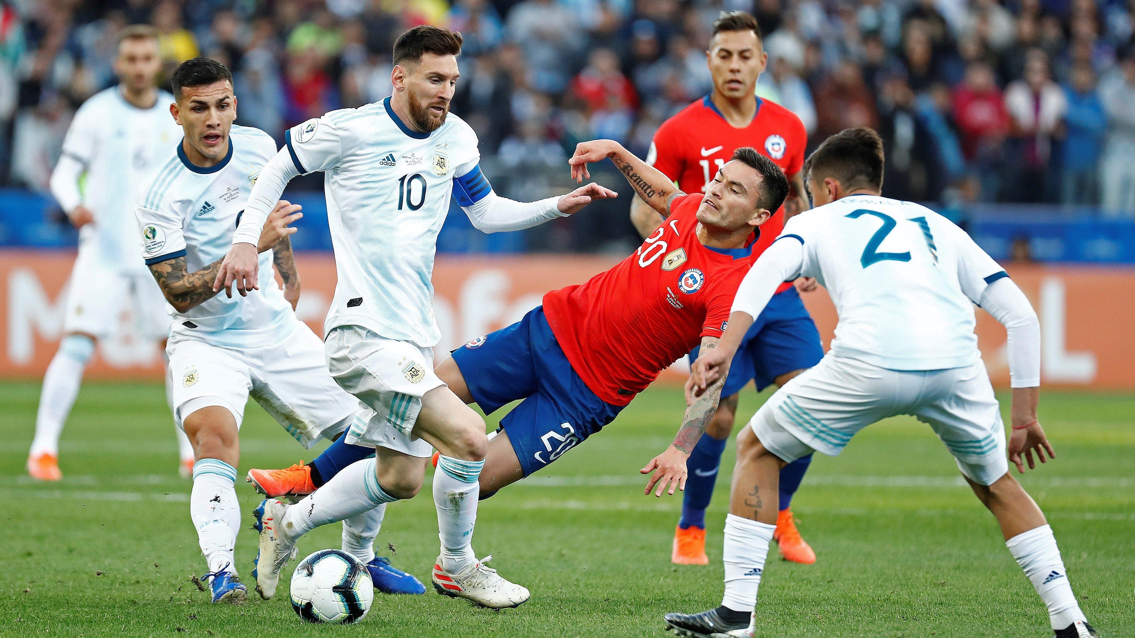 Messi en el partido ante Argentina.