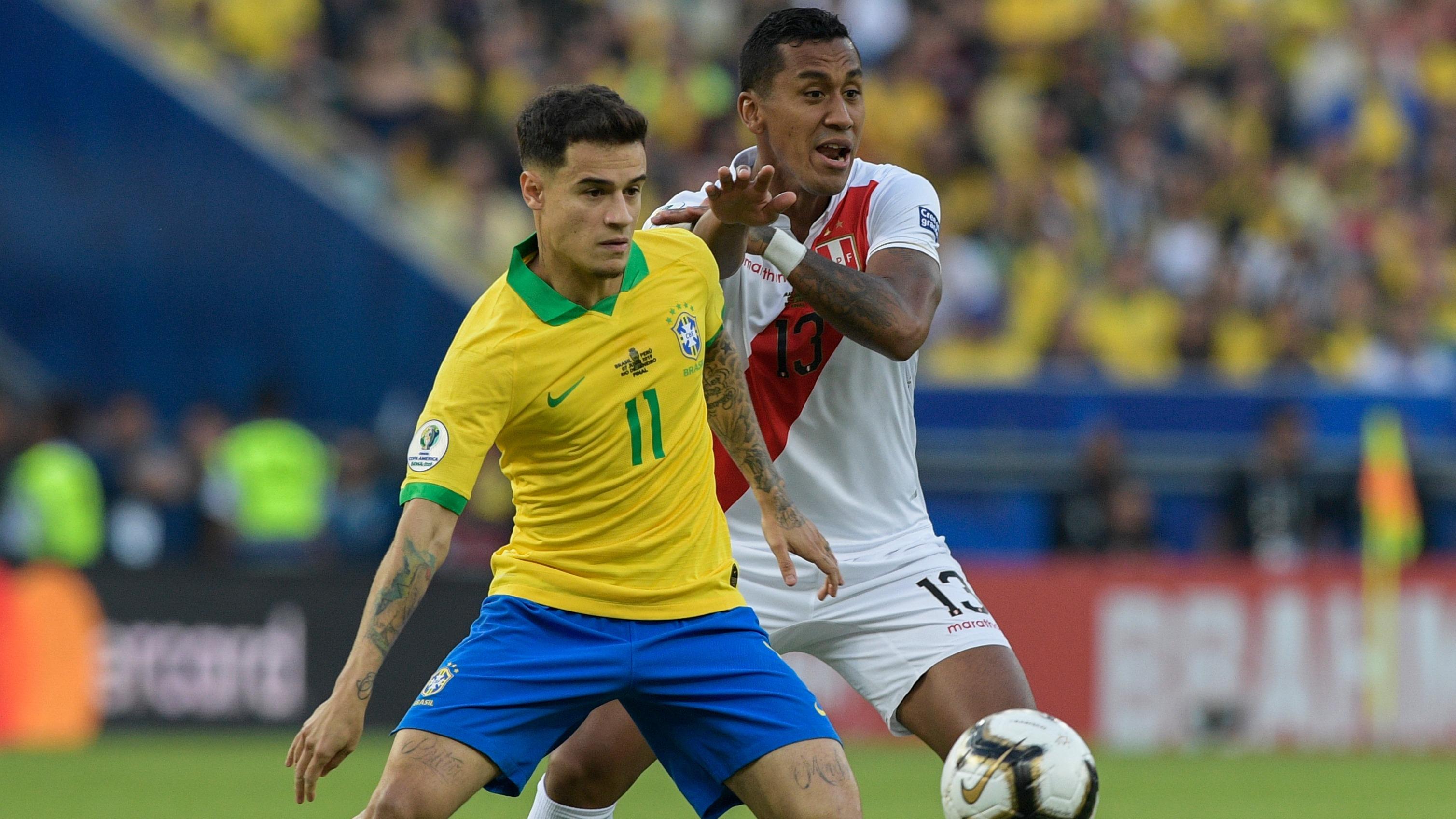 El peruano recibió la amarilla por esta acción.
