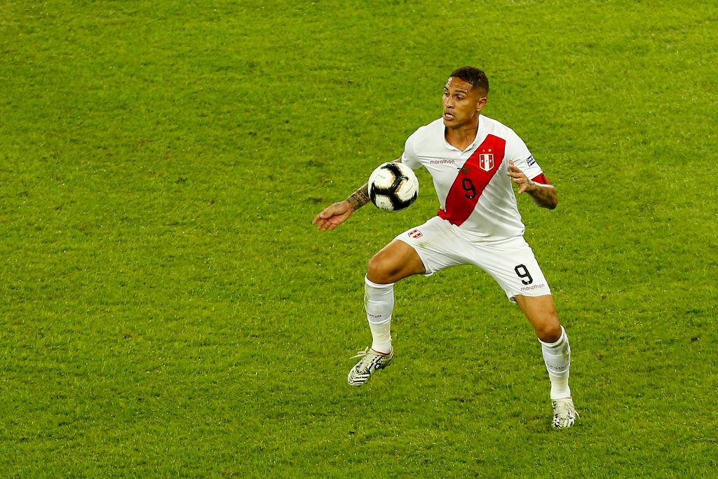 11. Paolo Guerrero, delantero, Perú. | El capitán de Perú marcó el máximo de goles en el torneo (3, junto a Everton), y fue el jugador con más duelos individuales (51) y aéreos (31) ganados.