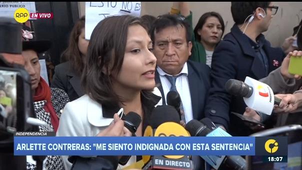 Arlette Contreras brinda declaraciones a la prensa.