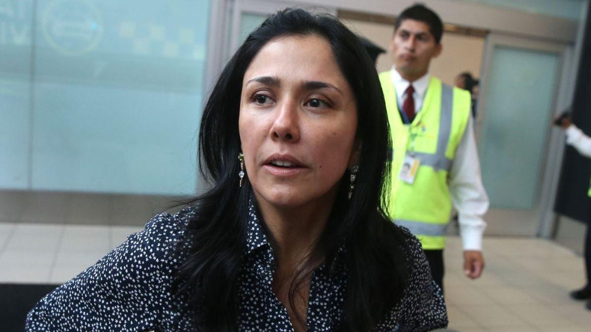 La fiscal Geovanna Mori se retiró de la vivienda de Nadine Heredia, en Surco.