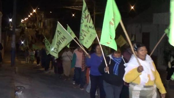Movilización en el distrito de Cocachacra contra el proyecto minero Tía María.